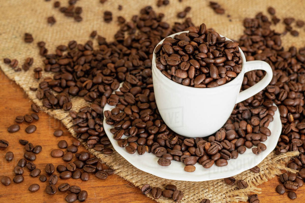 how many grams of coffee beans per cup
