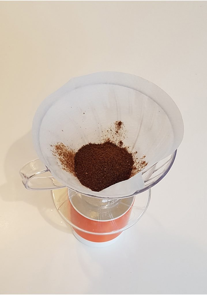 How to use a Hario V60 - step 3