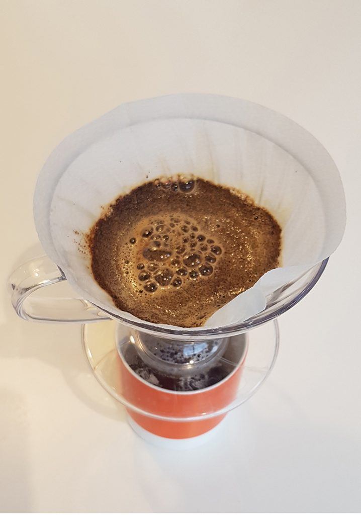 How to use a Hario V60 - step 4